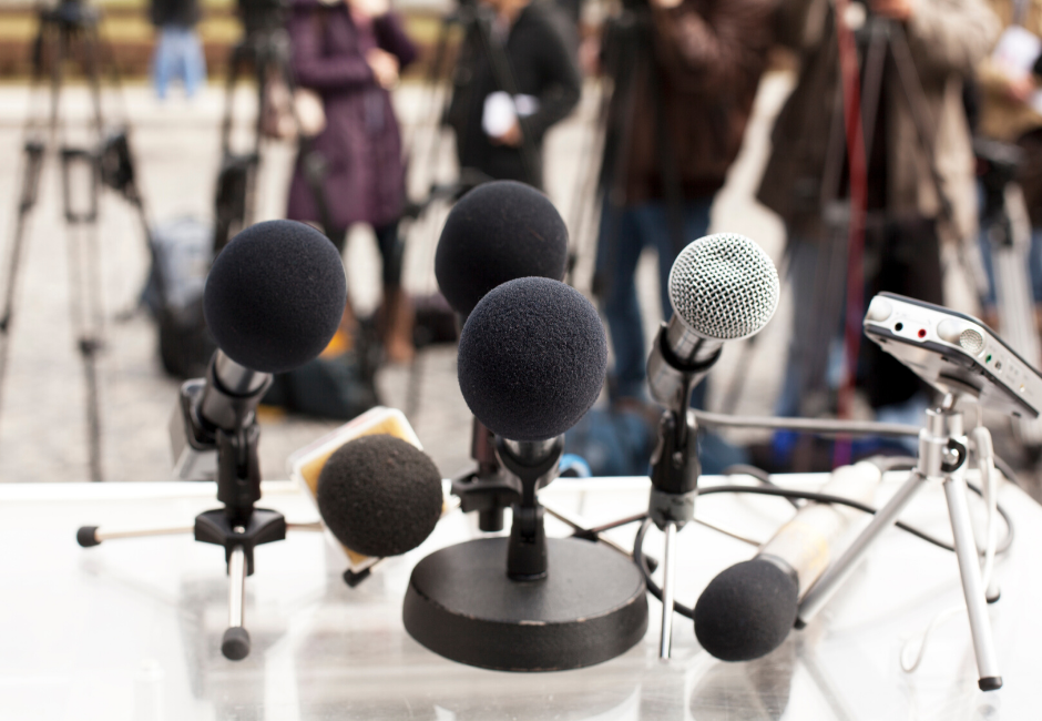 Tips for Managing a Press Conference During a Crisis